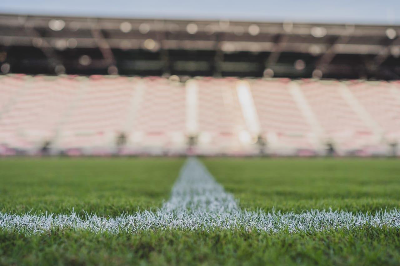 DRV PNK Stadium 18