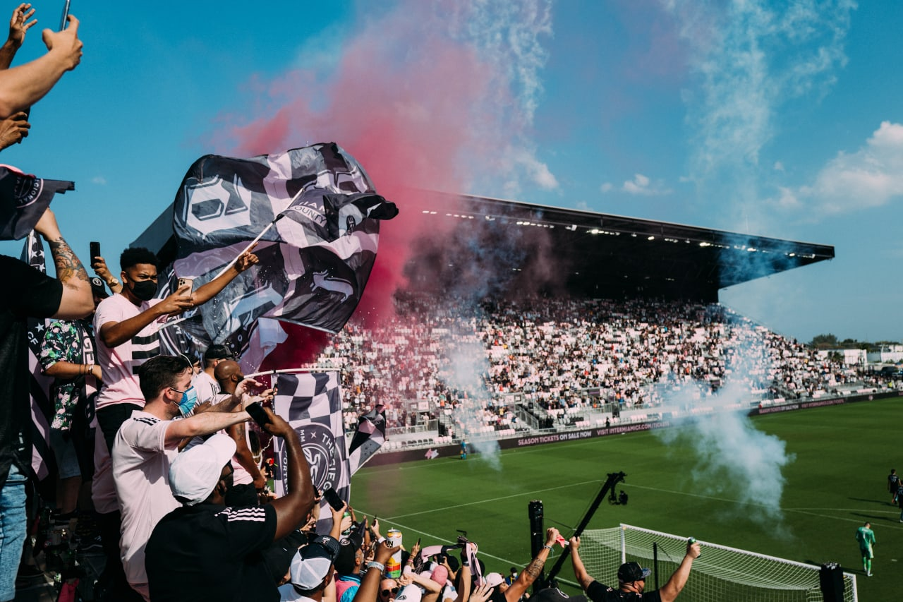 DRV PNK Stadium 24