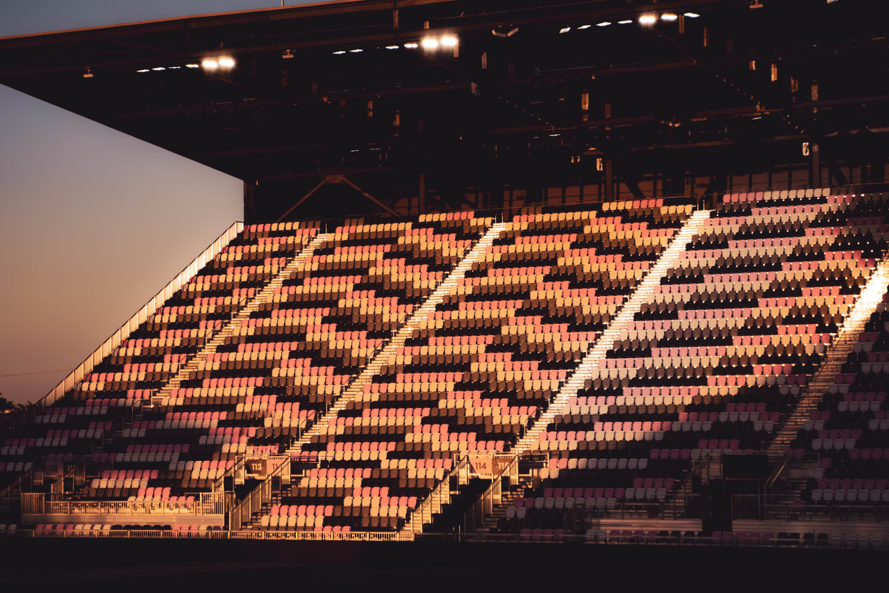 DRV PNK Stadium 15