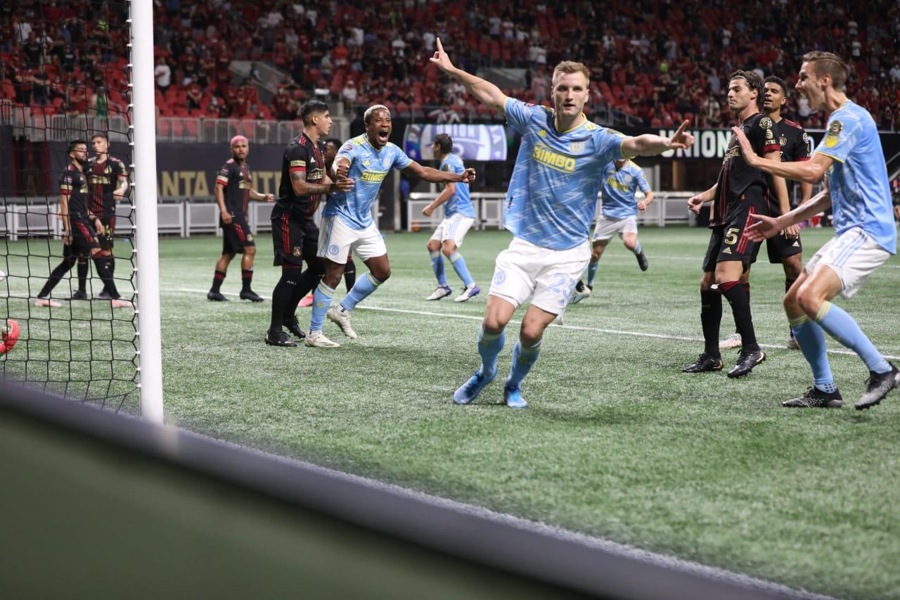 Kacper Przybylko knocks off Atlanta