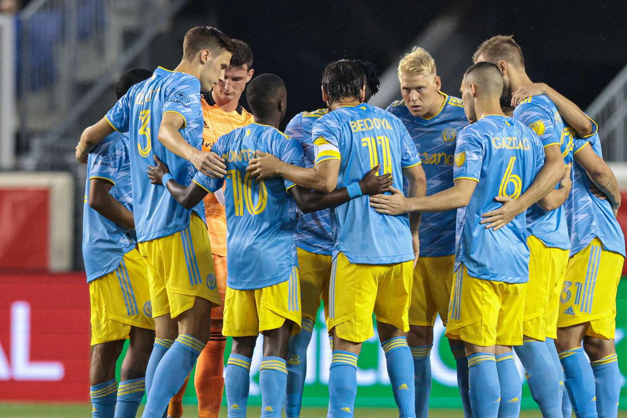 #RBNYvPHI- Team huddle